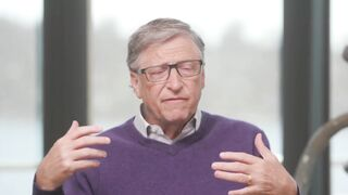Bill Gates said this pandemic COVID-19 will end in 2021