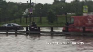 Москву затопило  ушло под воду после ливня
